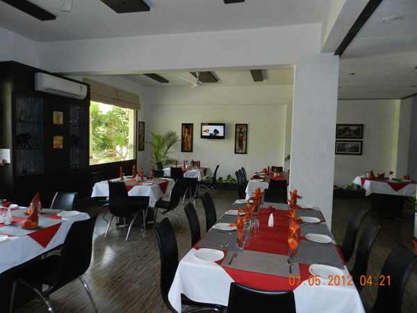 Mystica Resort And Spa Lonavala Restaurant